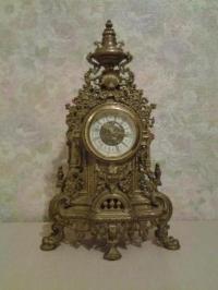 Старинные механические часы, бронза