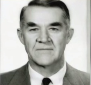 Виктор Миллз